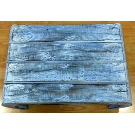 Mesita azul mediana