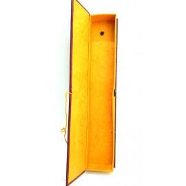 Caja de lokta pintada mediana