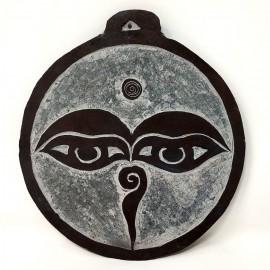 """Piedra tallada """"Ojos de Buda"""" 13 cms."""