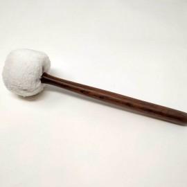 Maza de golpeo acolchada blanca 34 x 8 cms.